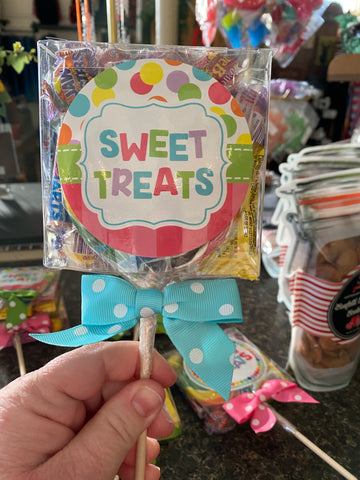 "Sweet Treats 4"" Lollipop +  Assorted Candies"