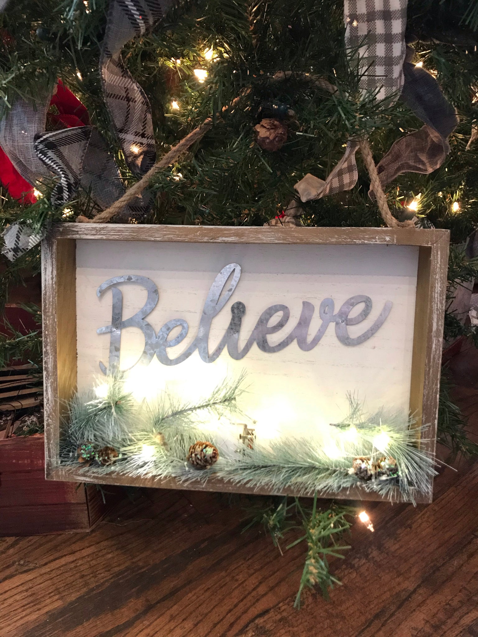 Believe / Merry Christmas Wooden Hanger with LED
