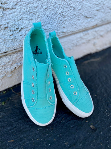 Babalu Slip On Shoes || Aqua