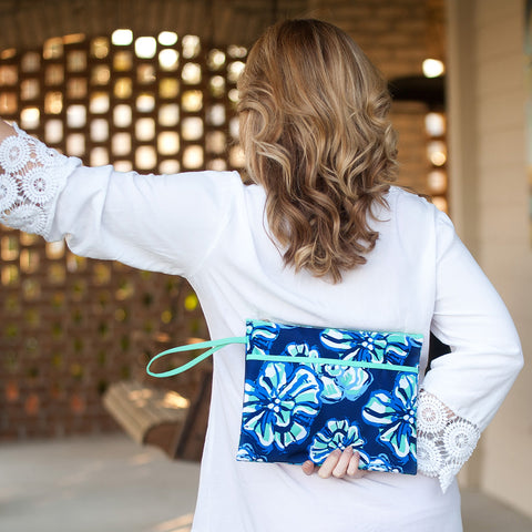 The Maliblue Zip Pouch Wristlet