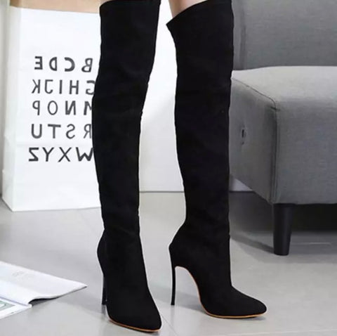 High Heel Suede Boots (Black)