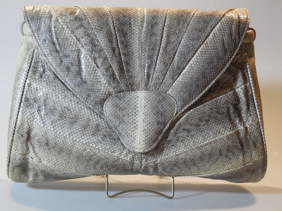 handbag-snakeskin-purse