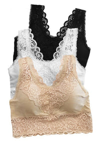Padded lace bralette w scalloped edges