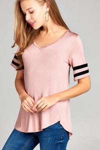 Short Sleeve Dbl Stripe V-Neck Basic Tee