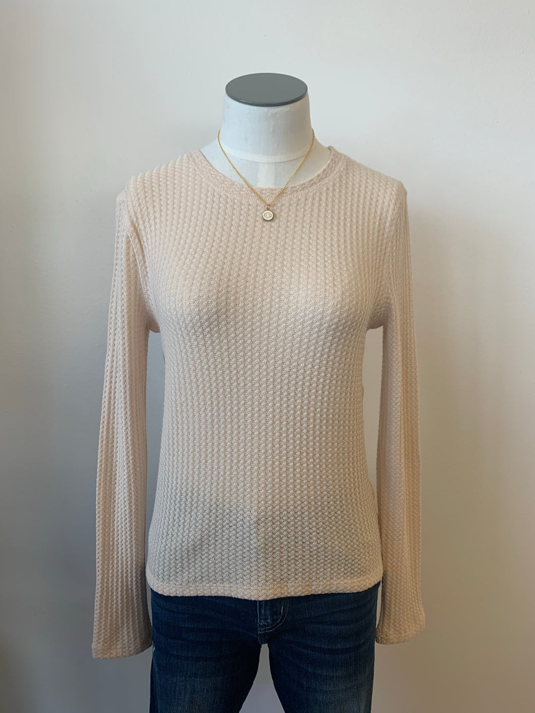 Round Neck Long Sleeve Knit Top