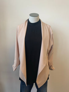 Lightweight Blazer open front with cinched sleeves