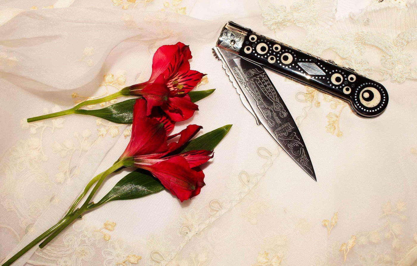 Coltello del Amore ( Wedding Knife or Lover's Knife) by Saladini: Black