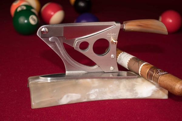 Saladini handmade Italian Table Top Cigar Cutter with Ox Horn Base and Handle: Winged Style, [product_vendor} - The Italian Knife Maker