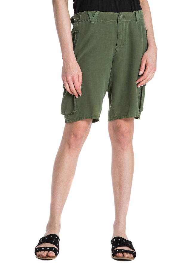 EASY FIT BERMUDA- BRONZE GREEN - Da-Nang