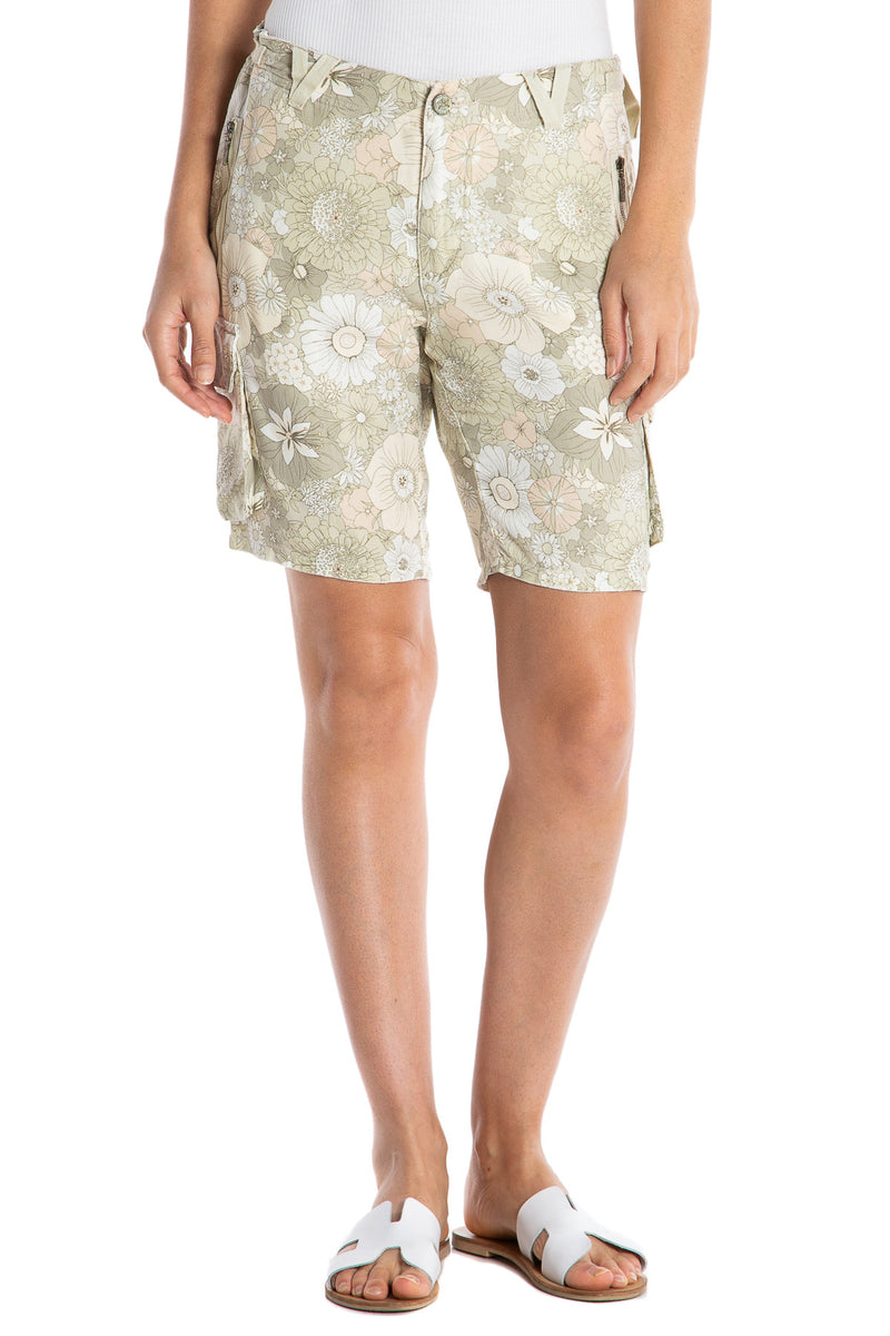 EASY FIT BERMUDA - PASTEL FLOWERS - Da-Nang