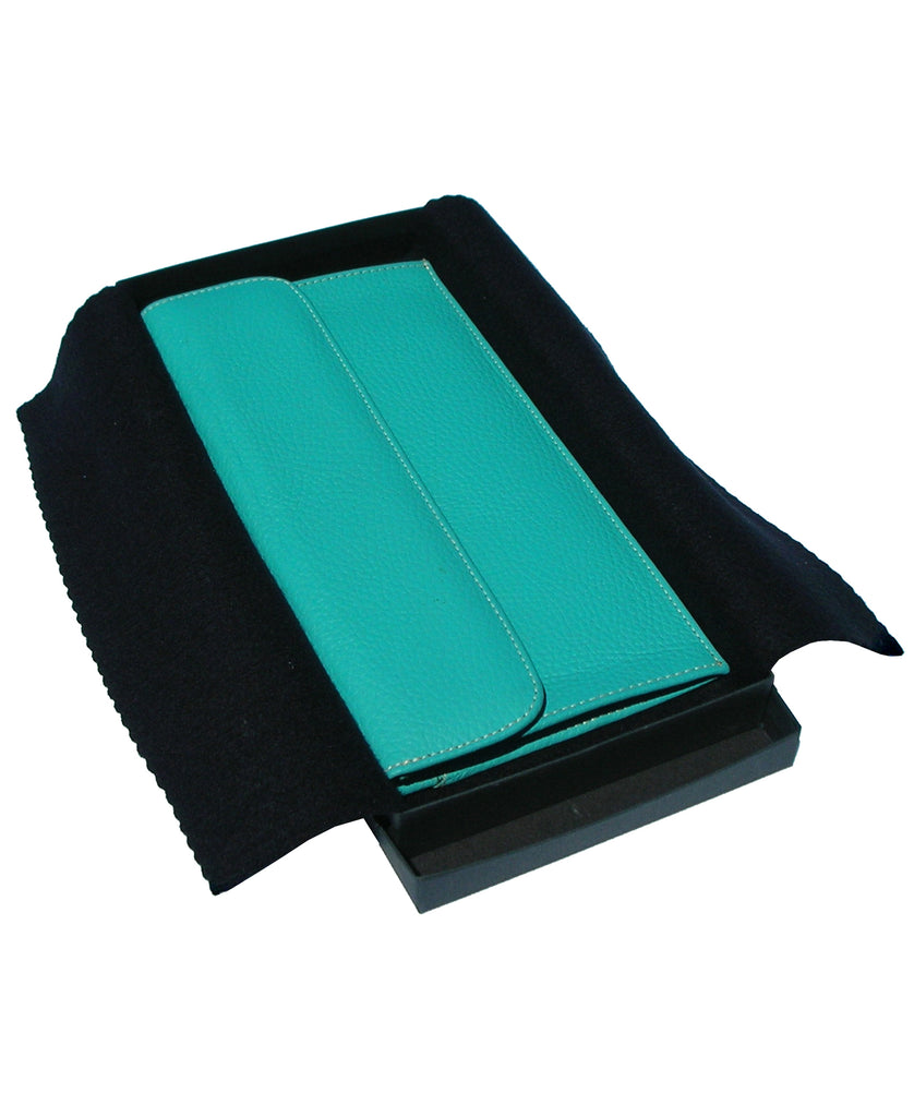 TRAVEL POUCH DOCUMENT HOLDER AND PASSPORT COVER. ITALIAN LEATHER