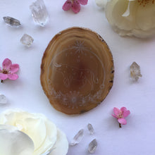 """Taurus Sigil"" Daisy Flower Agate Slices - Flower Essence / Taurus Collection"