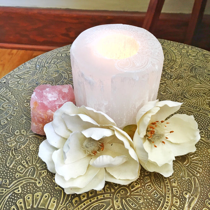 """Henna Prayer"" Round Selenite Candle Holder"