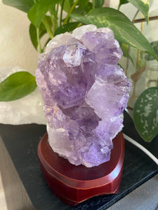 Amethyst Cluster Lamp
