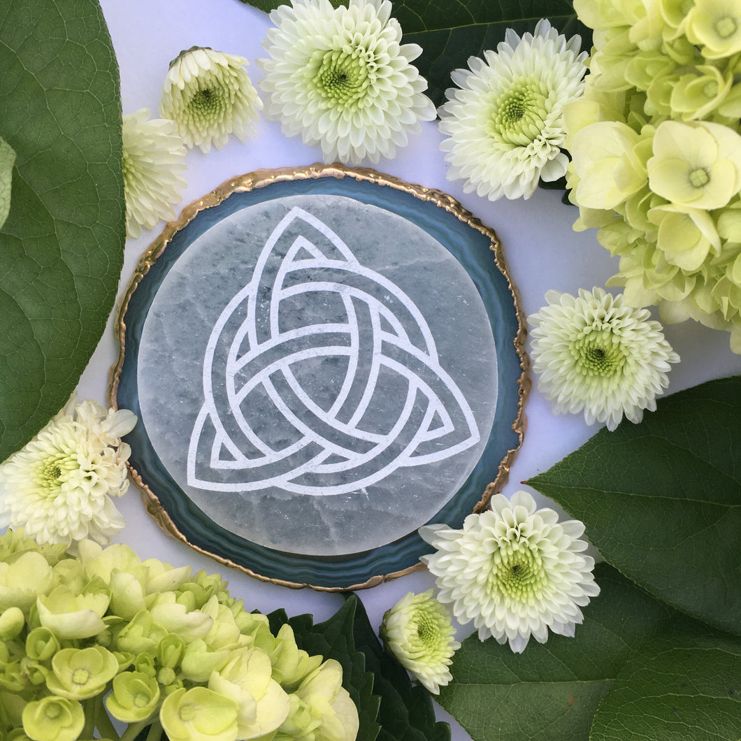 """Triquetra"" Selenite Charging/Cleansing Disc Plate Crystal Grid"