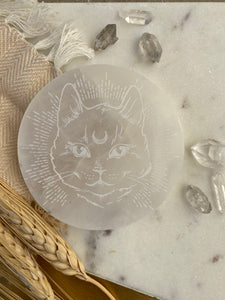 """Midnight Familiar"" Cat Selenite Cleansing Disc, Charging Plate and Crystal Grid"