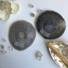 """Crystal Clairvoyance"" Agate Slices"