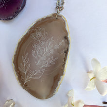 """Moon Blooms"" Anemone Flower Agate Slice Pendant Necklace - Flower Essence Collection"