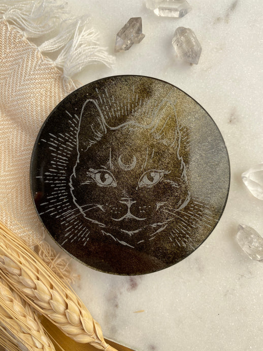 "Gold Sheen Obsidian Disc Crystal Grid with ""Midnight Familiar"" Cat"