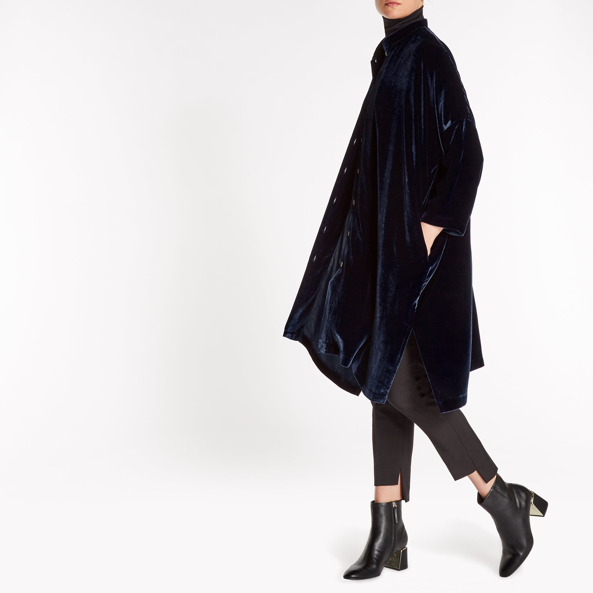 SILK-VELVET OVERSIZED SHIRT-COAT WITH POCKETS | PLUM