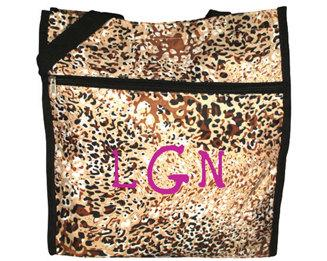 Personalized this trendy leopard print tote bag, can be used in office, beach, school, grocery and many more.