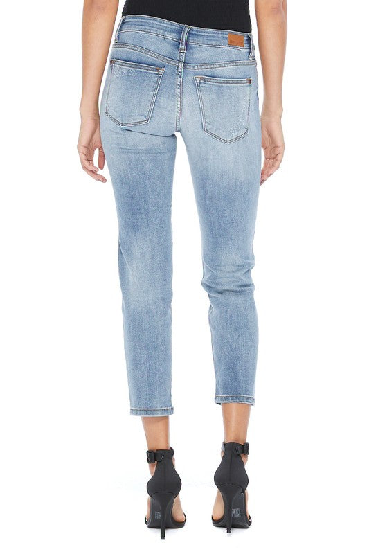 Judy Blue Distressed Boyfriend Fit Mid Rise Jeans Light Wash