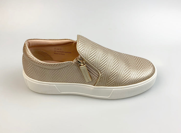 Volatile Women's Waco Slip On Sneakers Champagne