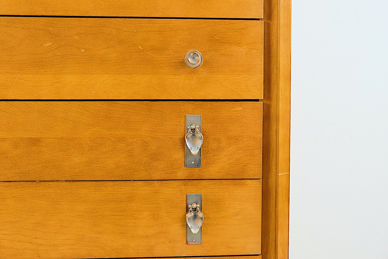 Atlas Furniture Company Mid Century Modern Five Drawer Tall Dresser with Trumpet and Leaf Pulls