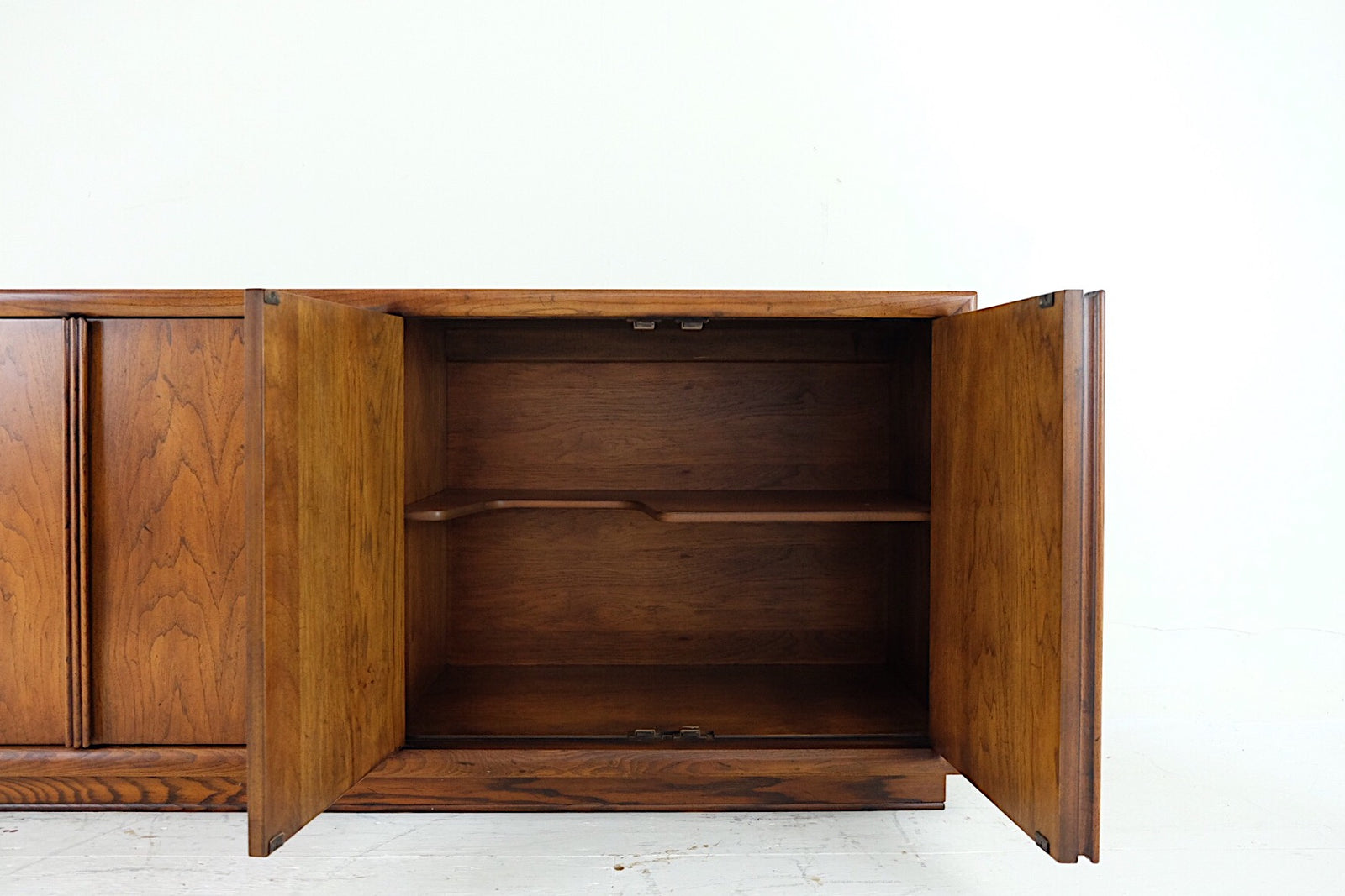 Henrendon Mid Century Credenza Sideboard Buffet Server Four Doors Vertical Triple Carved Registers