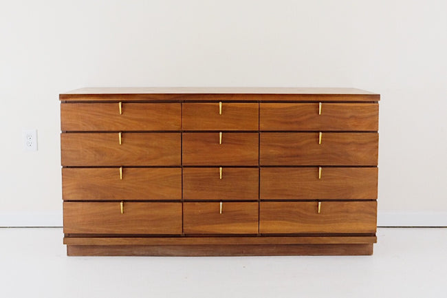 Johnson Carper FashionTrend Mid Century Modern Lowboy 12 Drawer Dresser