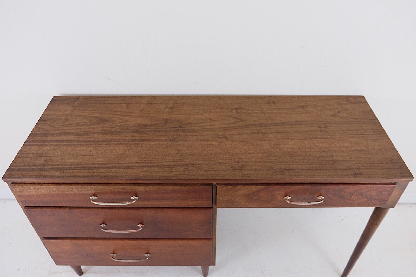 Mid Century Modern Desk New Walnut Veneer Silver Handles Beautiful Legs Red Tones
