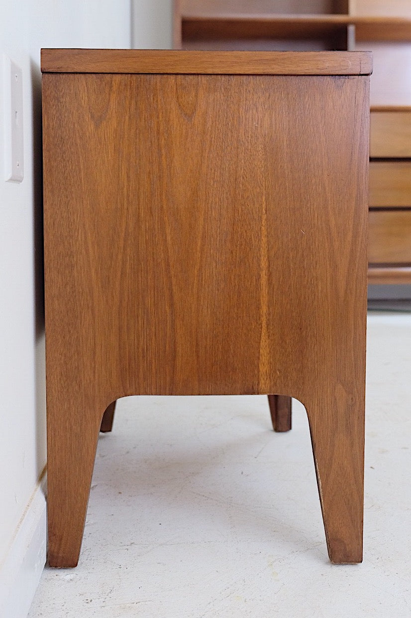 Nighstand Endtable Johnson Carper Bentwood Handles New Walnut Veneer Top