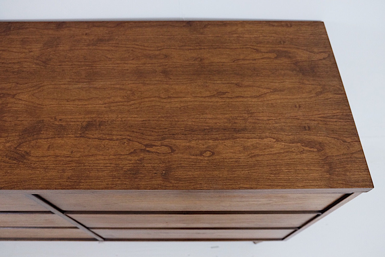 Broyhill Six Drawer Low Chest Mid Century Modern New Cherry Top