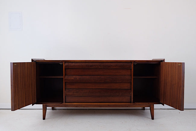 GORGEOUS Lane Mid Century Modern Sideboard Buffet Three Drawers Carved Register Reliefs on Doors Carved Angled Handles Angle Details on Top Surface
