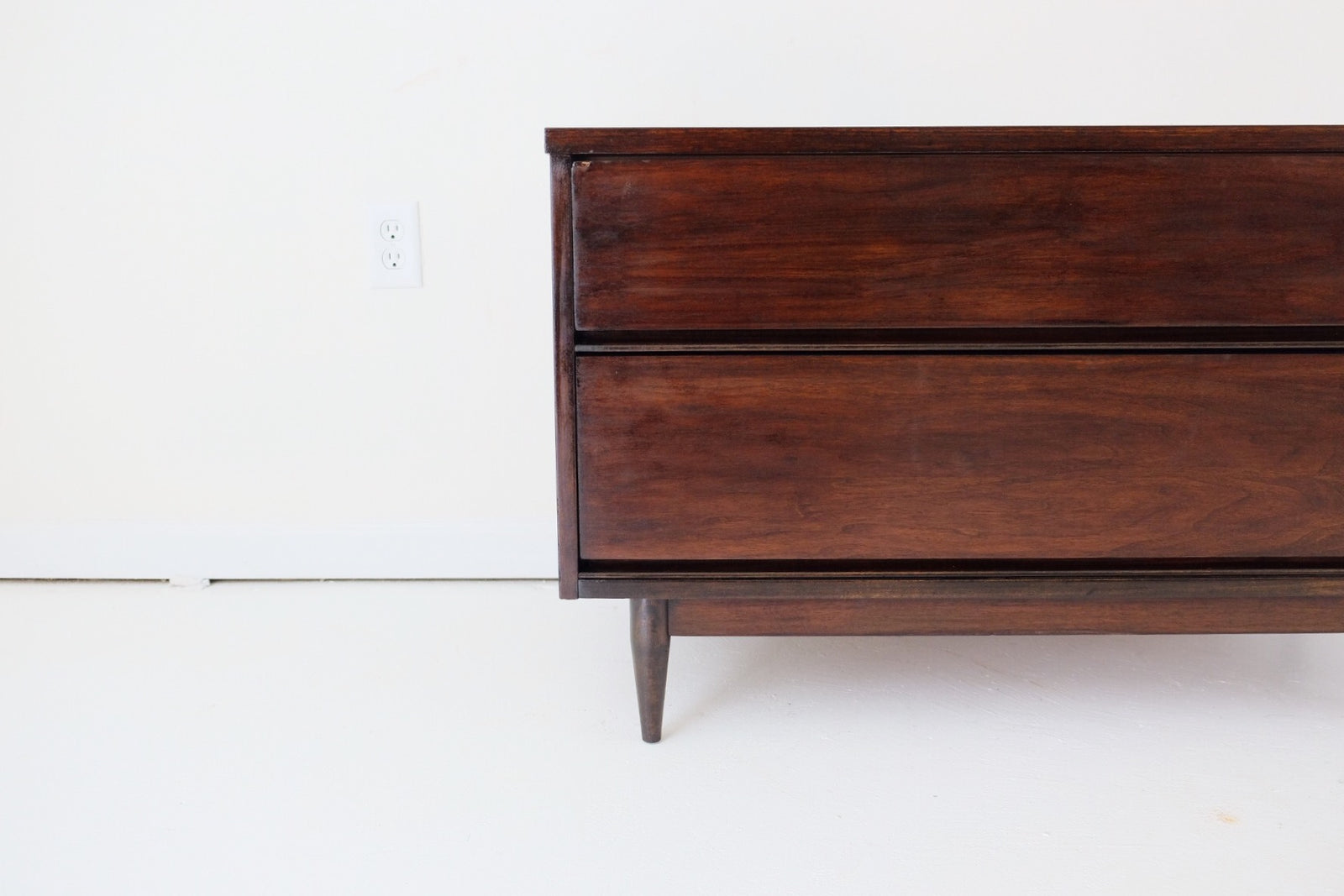 Mid Century Modern Dark Walnut Media Dresser TV Stand Vanity Toy Chest