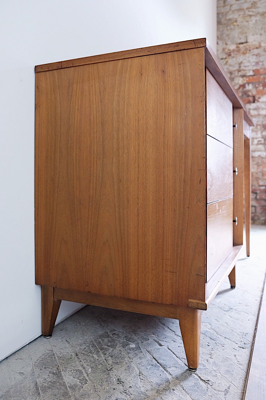 Art Deco/Mid Century Modern Desk Three Drawers Tapered Legs Carved Register Design Marbled Dappled Top