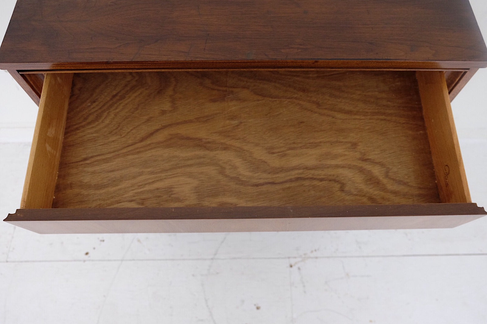 Dixie Four Drawers Leaf Handles Mid Century Modern
