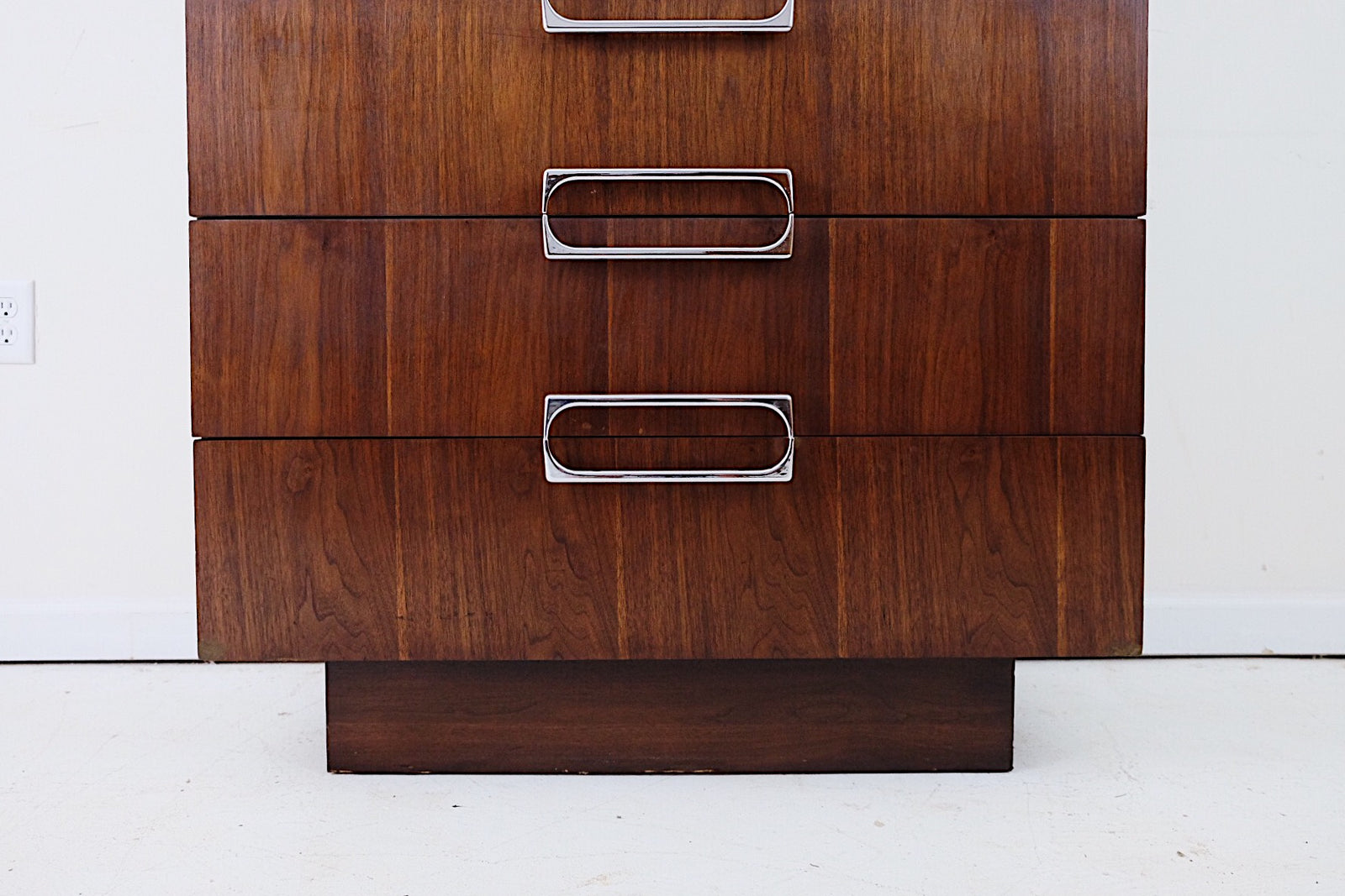 Tall Dresser Cool Sculptural Silver Handles Dark Walnut Veneer Five Drawers