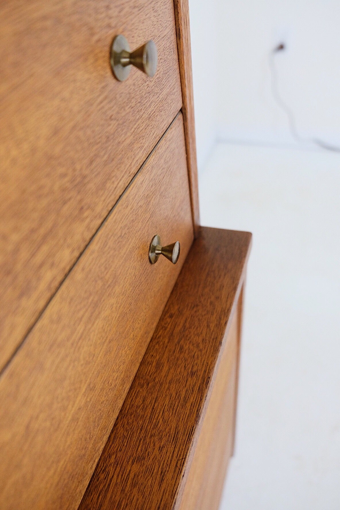 Hooker Mainline Tall Dresser Brass Pulls and Inset Handles Five Drawers