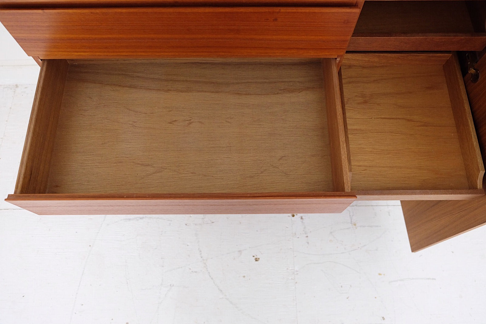 Vinde Mobler Gentleman's Chest by Arne Wahl Iversen Six Drawers & Six Shirt Trays