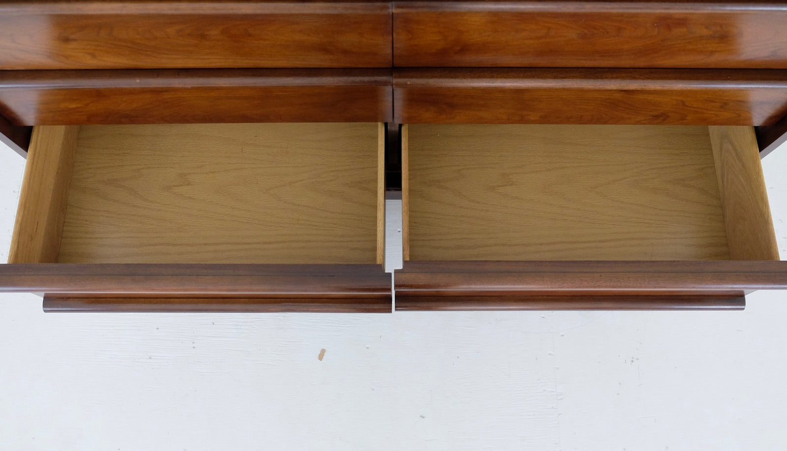 Lane Rhythm Six Drawer Mid Century Modern Low Dresser Chest of Drawers