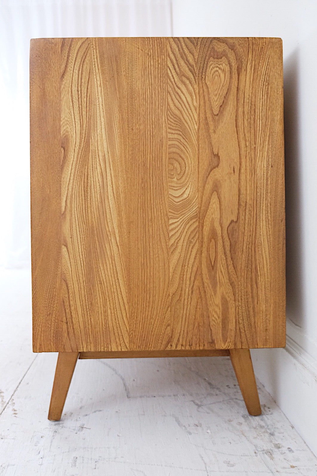 Bachelors Chest Mid Century Dresser in the Style of Raymond Loewy for Mengel Carved Striped Registers
