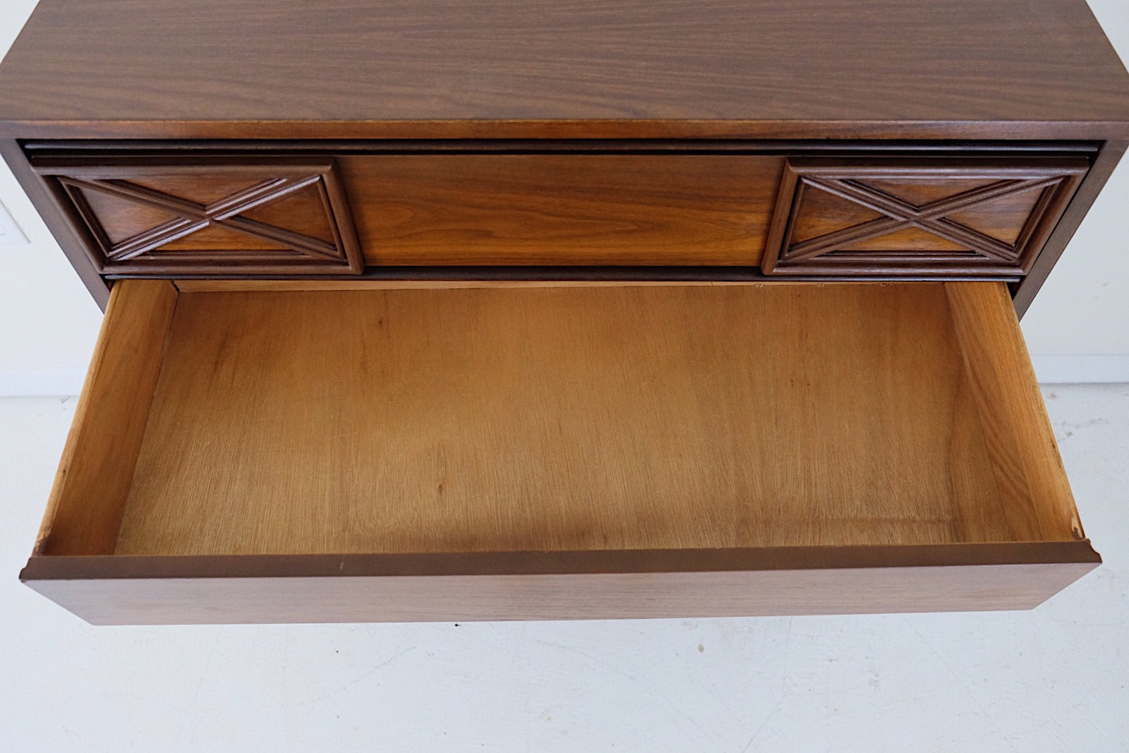 Bassett Mid Century Modern Tallboy Six Drawers Crisscross Design