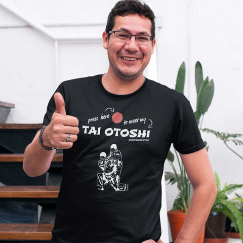 Judo Tai Otoshi Press Here Men's Tshirt - JudoShop.com