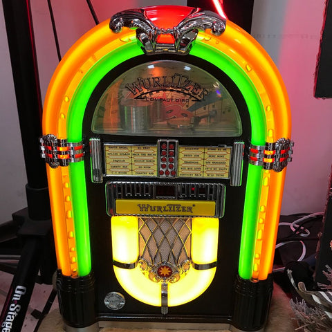 Genuine Wurlitzer Table Top CD/Radio with Bubbler