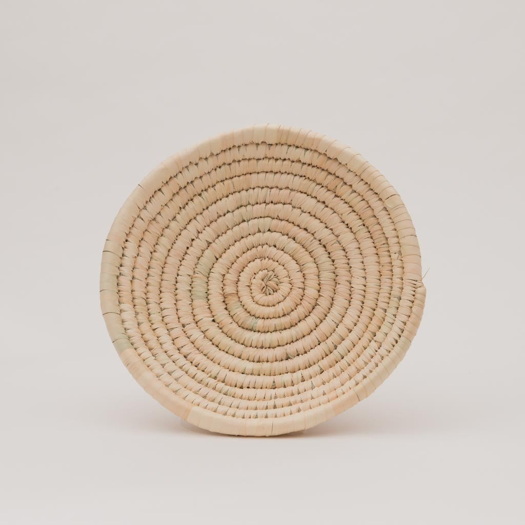 Palm Leaf Woven Plates - medium