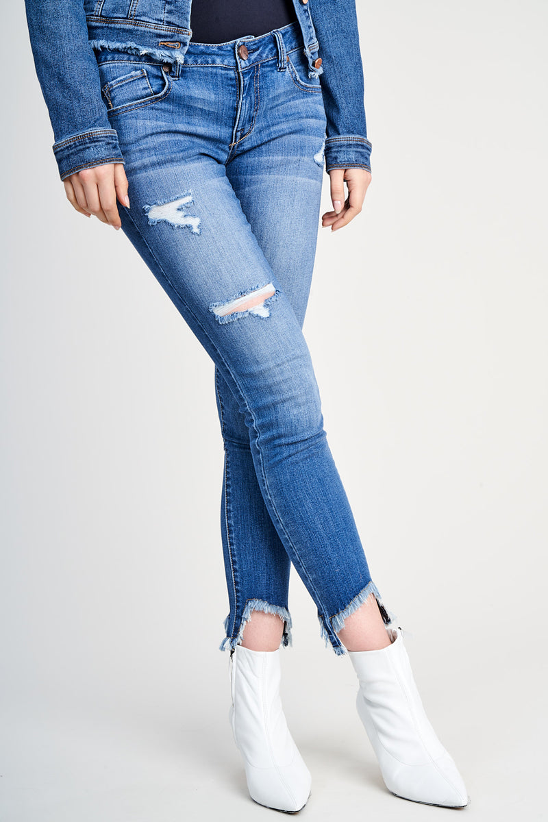1822 Denim Destructed Chewed Up Hems Jeans In Greg - CJ7C1476B3