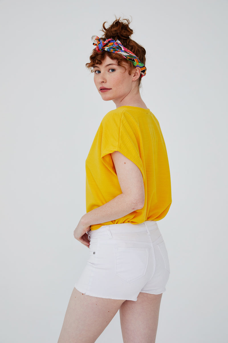 Fray Hem Shorts in White