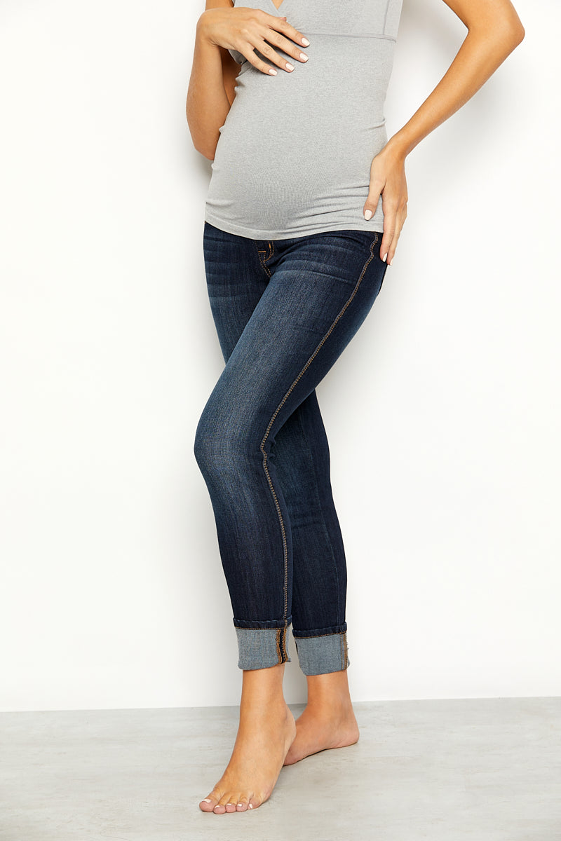 "Maternity Vintage Denim Clean Cuff 28"" Skinny Jeans in Giovanna"