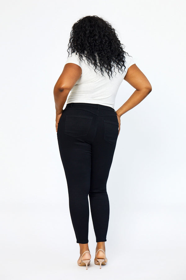 "Plus Butter 30"" High Rise Skinny in Wynter Black"